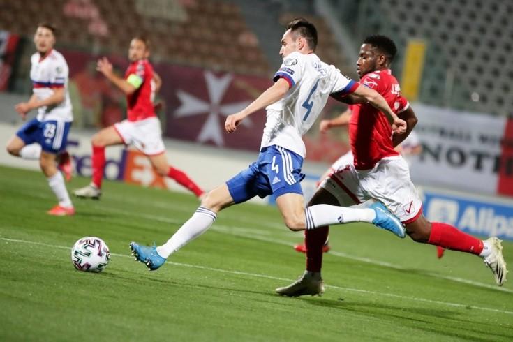 Самый опасный игрок сборной Мальты родом из Африки. Мбонг-старший уже забивал России