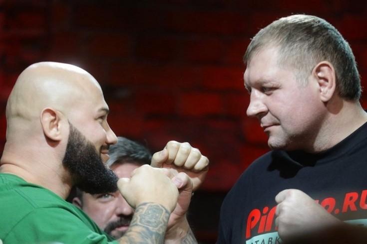 Самый ожидаемый фрик-бой года в России? Емельяненко против рэпера Джигана