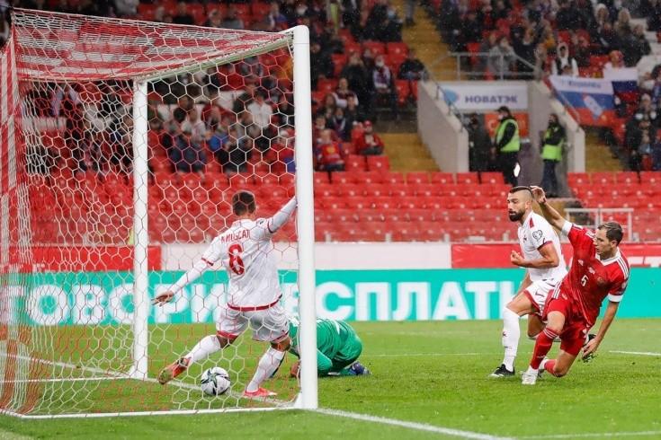 У России украли гол в ворота Мальты? Нытьё из-за спорного эпизода надо прекращать