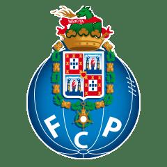 Жёсткий матч грандов в Португалии. Пепе ударил соперника по лицу, с трибуны упал болельщик