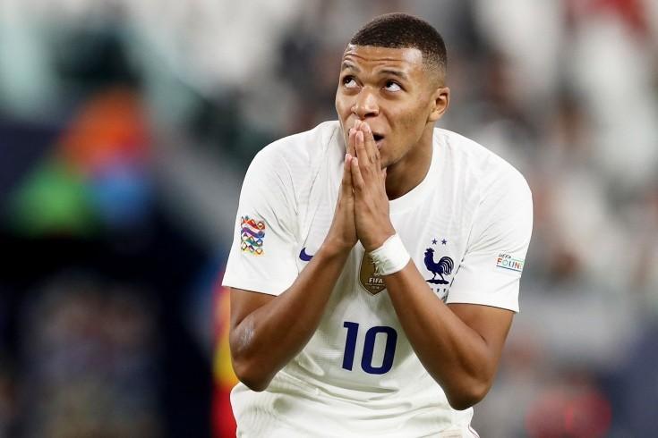 Мбаппе вывел Францию в финал Лиги наций. Он был готов уйти из сборной из-за хейта