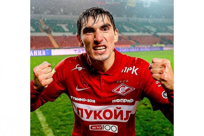 Бакаев становится лидером сборной России. Он подкачался и много финтит