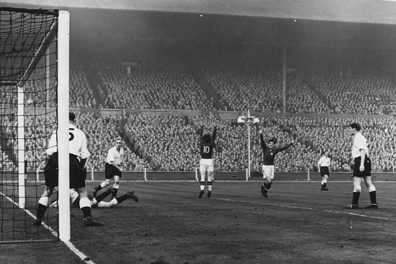 Венгры забили Англии 13 голов за два матча. Так «родоначальников» не унижал никто!